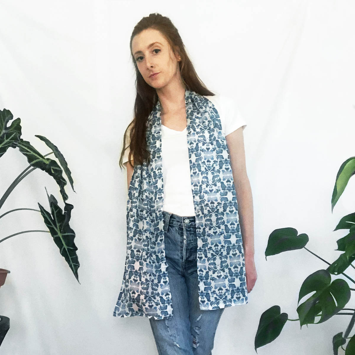 blue summer scarf with pockets