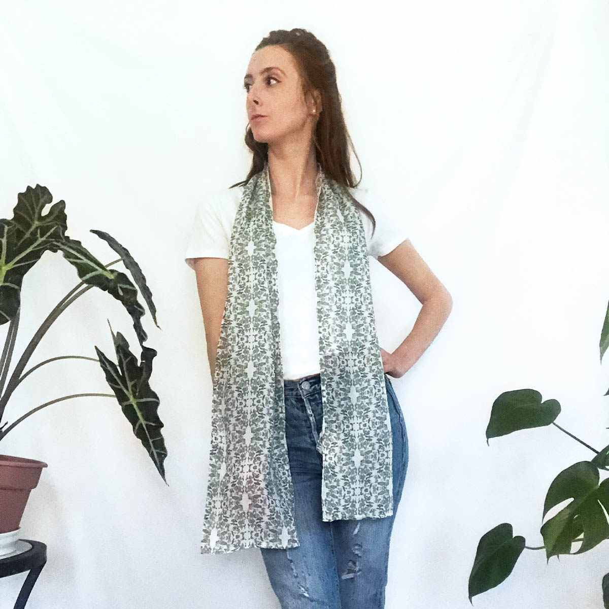 lace summer scarf with pockets
