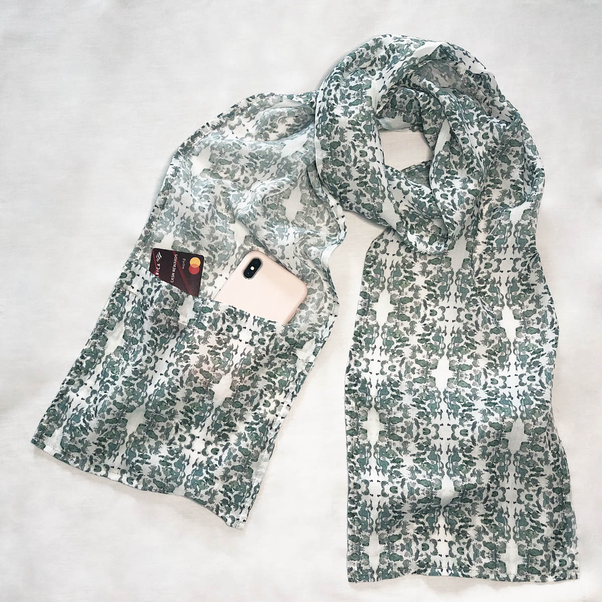 covid-19 scarf with pockets
